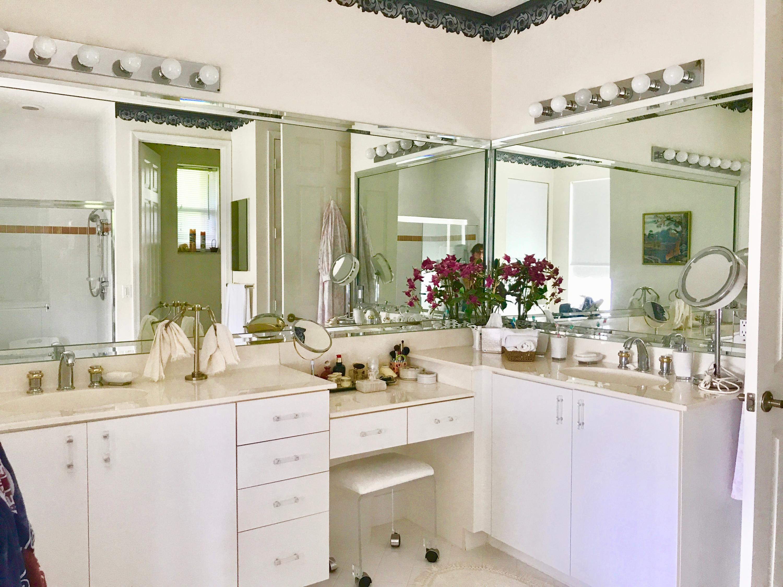 master bath dual sinks
