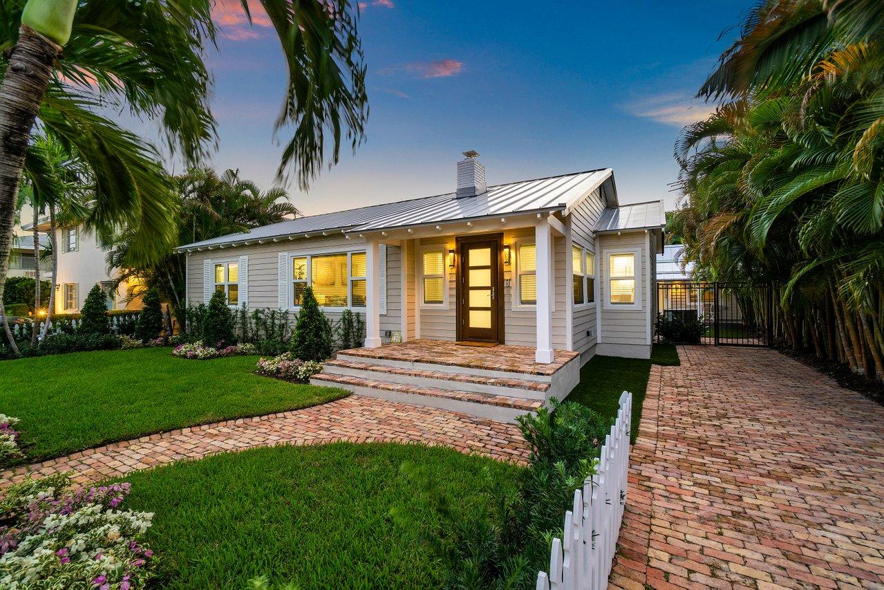 120 7th Avenue, Delray Beach, Florida 33483, 4 Bedrooms Bedrooms, ,3 BathroomsBathrooms,Single Family Detached,For Sale,7th,RX-10714454