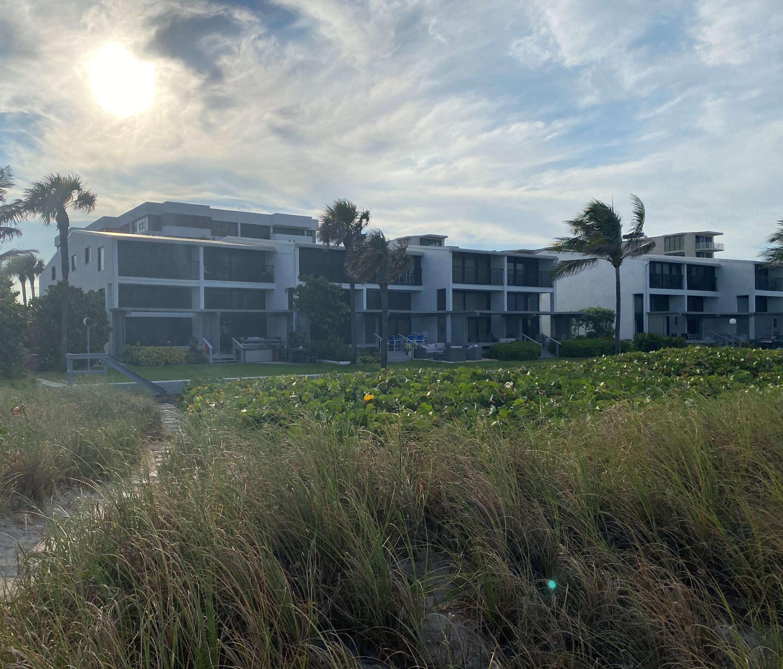 2175 Ocean Boulevard, Delray Beach, Florida 33483, 3 Bedrooms Bedrooms, ,4 BathroomsBathrooms,Townhouse,For Sale,Ocean,RX-10659221