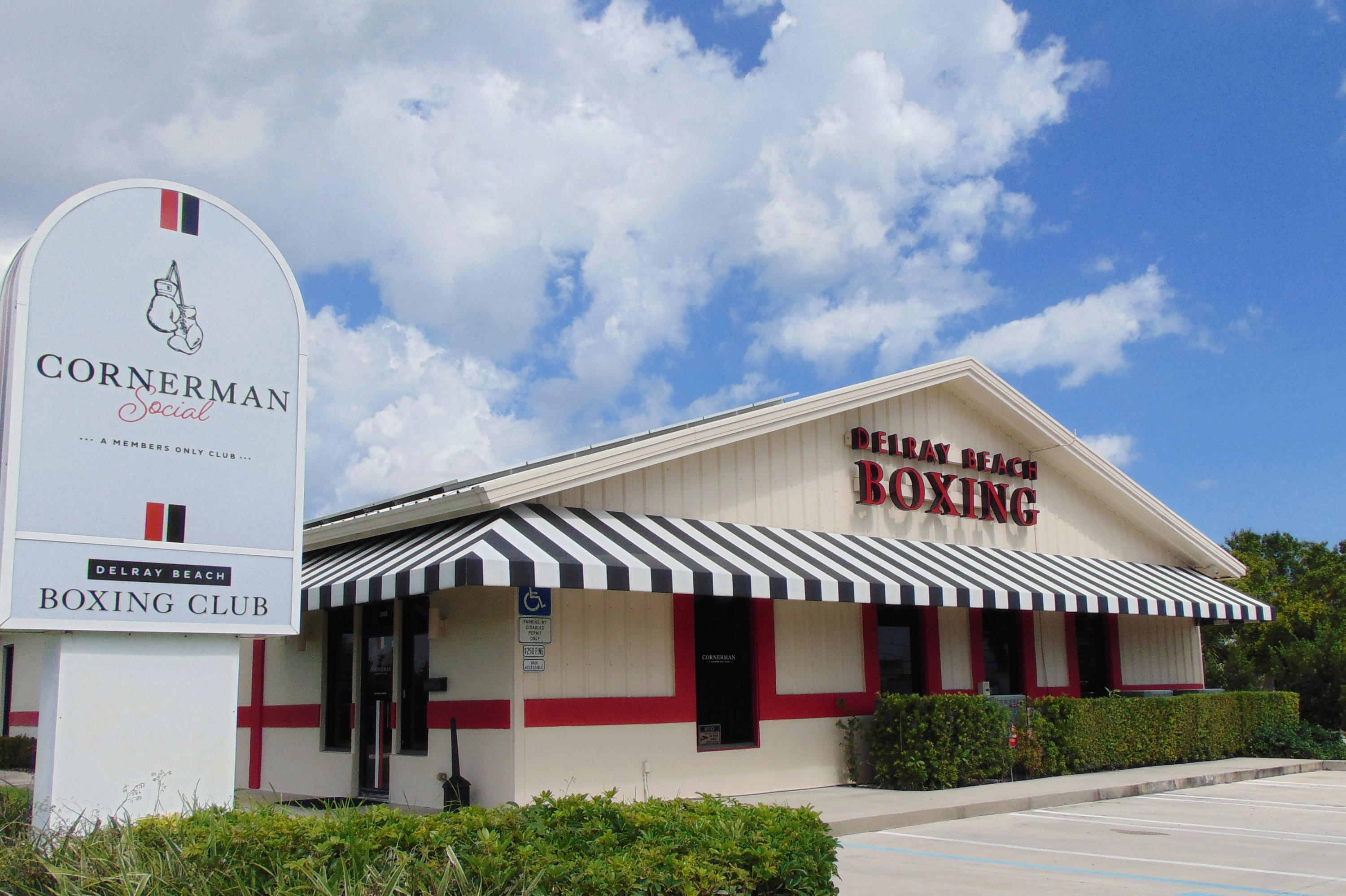 2455 Old Dixie Hwy Highway, Delray Beach, Florida 33483, ,3 BathroomsBathrooms,Commercial Industrial,For Sale,Old Dixie Hwy,RX-10720446