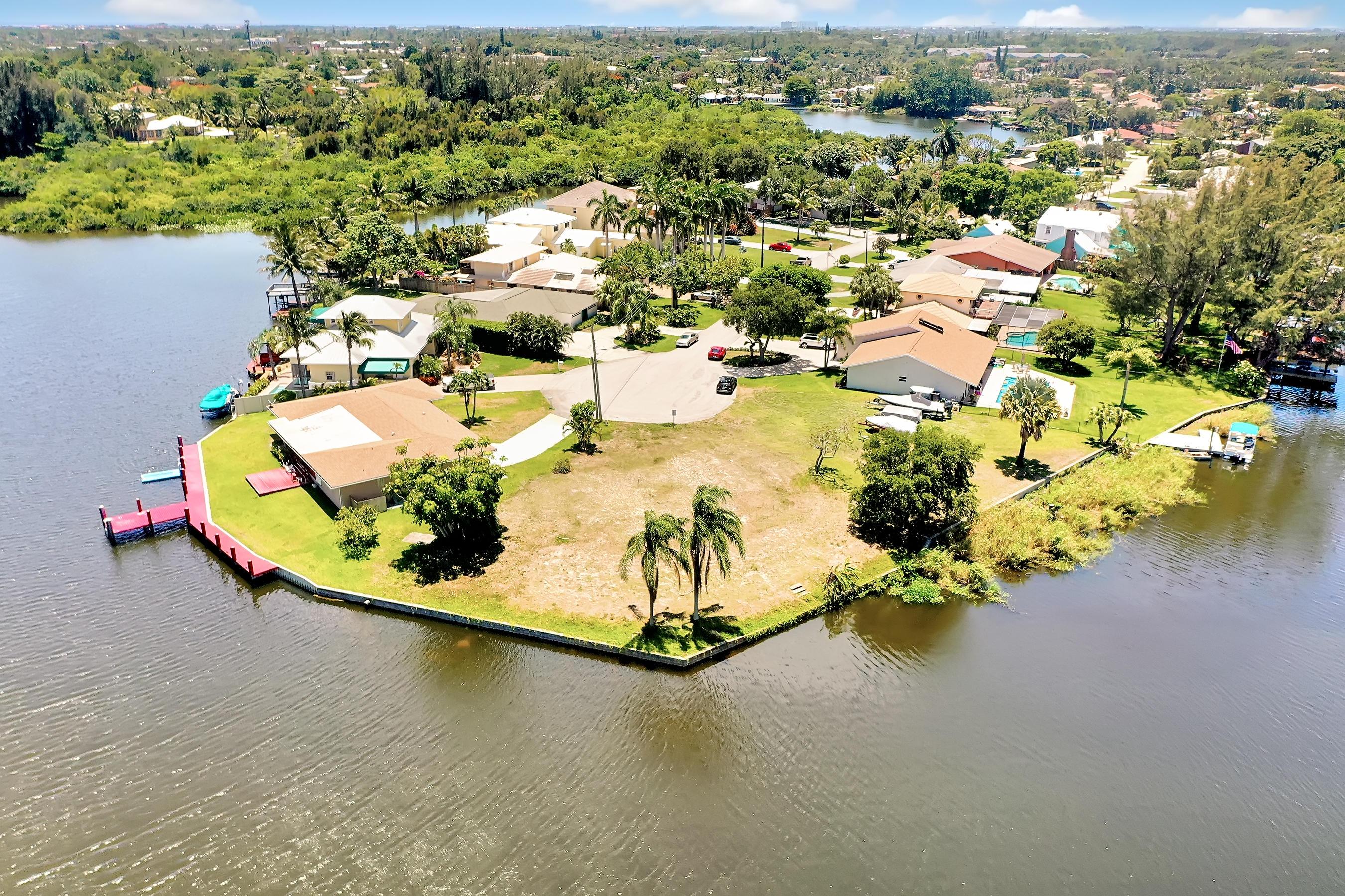 6519 Paul Mar Dr., Lake Worth, Florida 33462