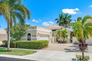 Located in the desirable community of The Polo Club. 3 bedroom 3 bath home. Sit at your private pool and watch the golfers and gorgeous lake view. This home has amazing storage space with built-ins in the Master Bedroom.Vaulted ceilings and tiled floors throughout the living space. Beautiful views of the golf course and lake