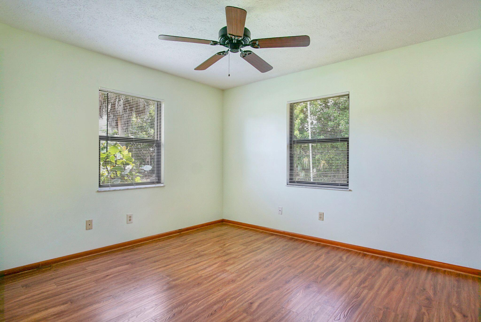 Irving 3rd bedroom