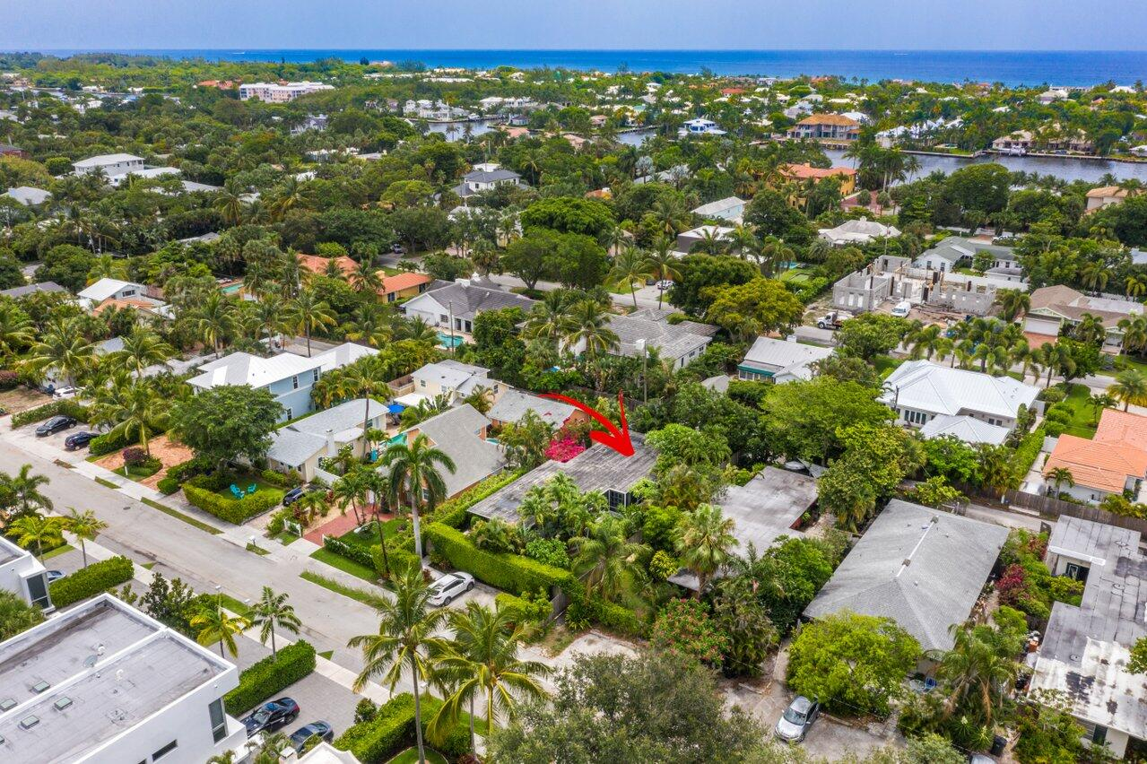 315 7th Avenue, Delray Beach, Florida 33483, 2 Bedrooms Bedrooms, ,2 BathroomsBathrooms,Residential,For Sale,7th,RX-10725579