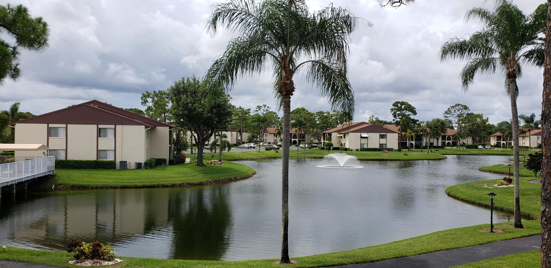 303 Knotty Pine Unit C-2, Greenacres, Florida 33463