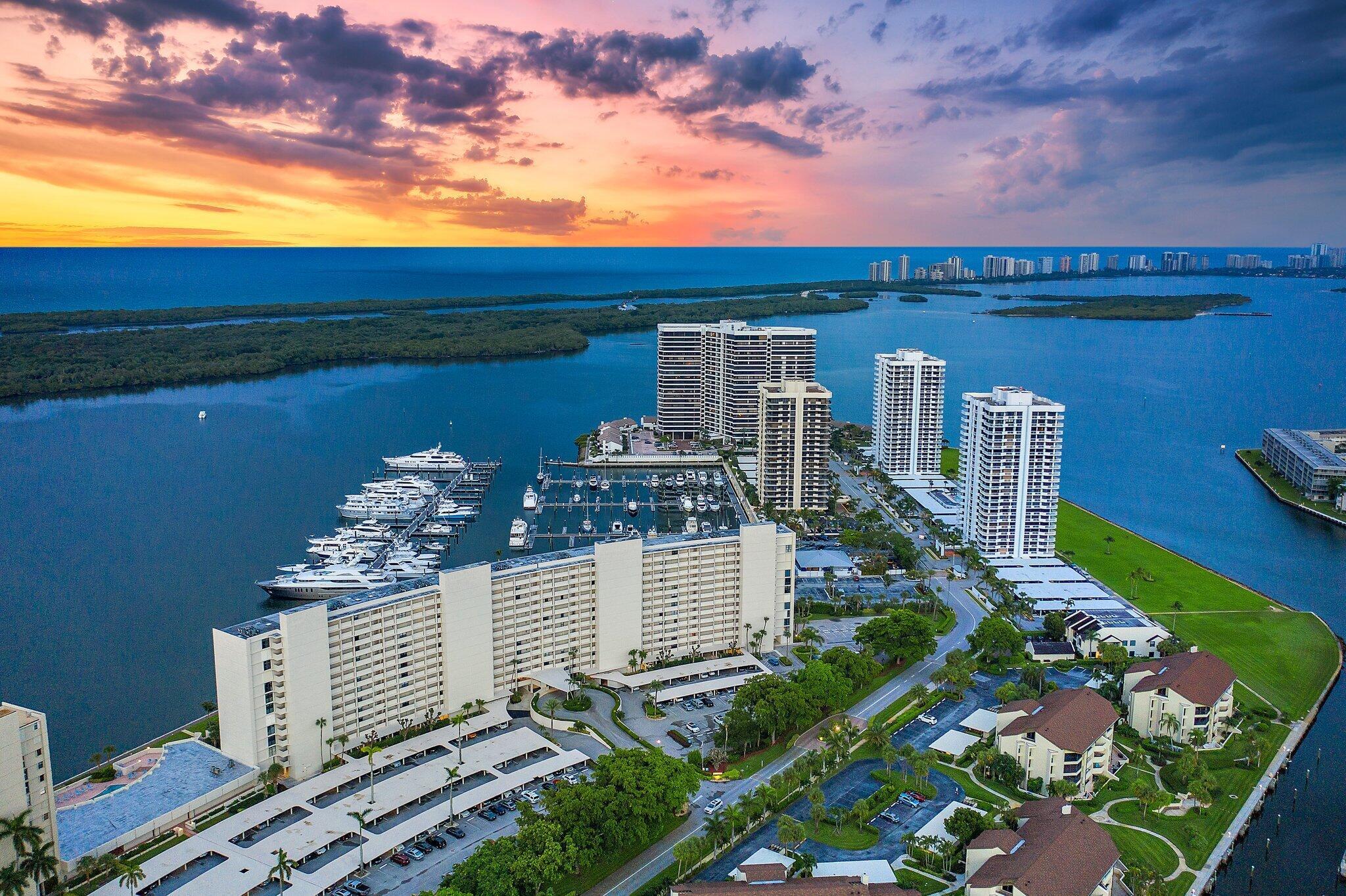 120 Lakeshore Unit 335, North Palm Beach, Florida 33408