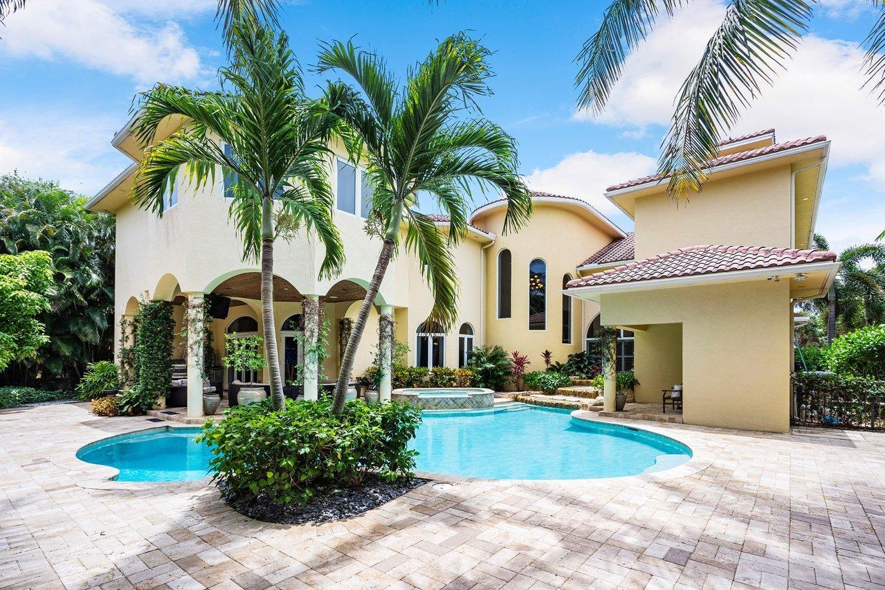 16 Ocean Avenue, Ocean Ridge, Florida 33435, 4 Bedrooms Bedrooms, ,5.3 BathroomsBathrooms,Single Family Detached,For Sale,Ocean,RX-10731520