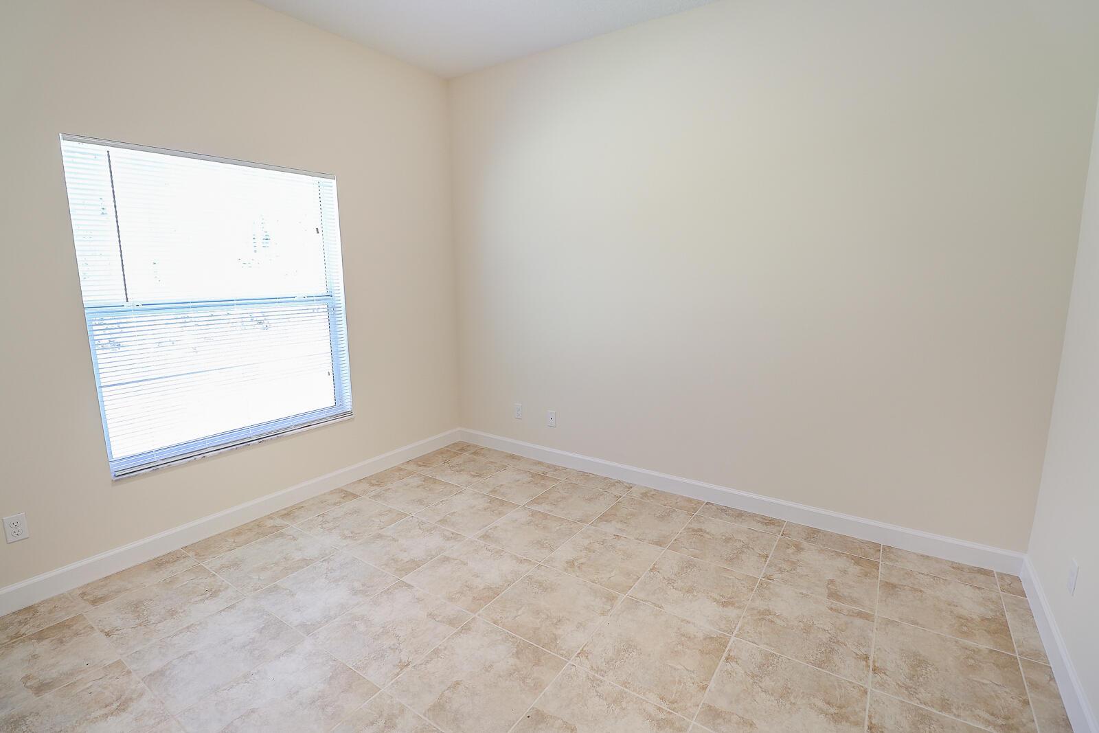 32-Bedroom 3