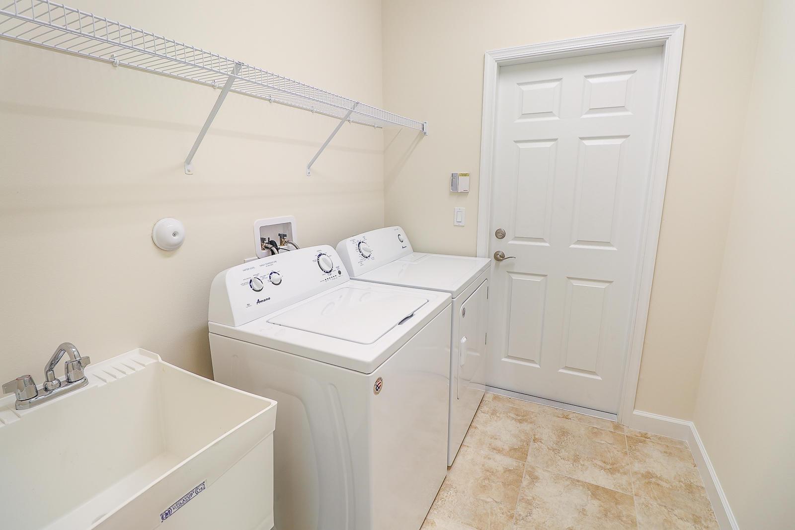 33-Laundry Room