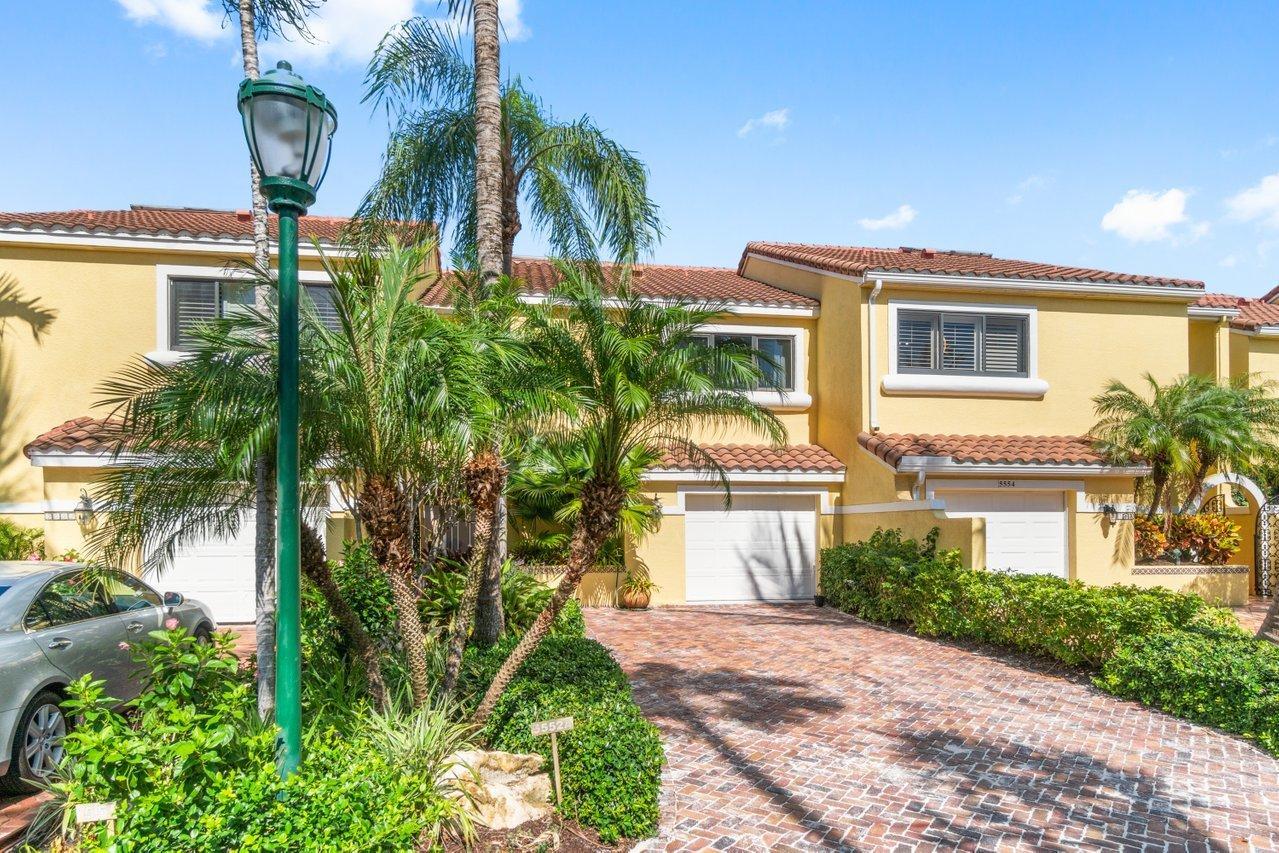 5552 Ocean Boulevard, Ocean Ridge, Florida 33435, 3 Bedrooms Bedrooms, ,2.1 BathroomsBathrooms,Townhouse,For Sale,Ocean,RX-10731241