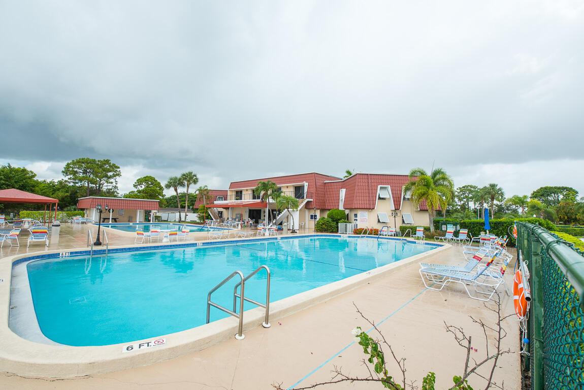 499 Holyoke Lane, Lake Worth, Florida 33467, 1 Bedroom Bedrooms, ,1 BathroomBathrooms,A,Condominium,Holyoke,RX-10732628