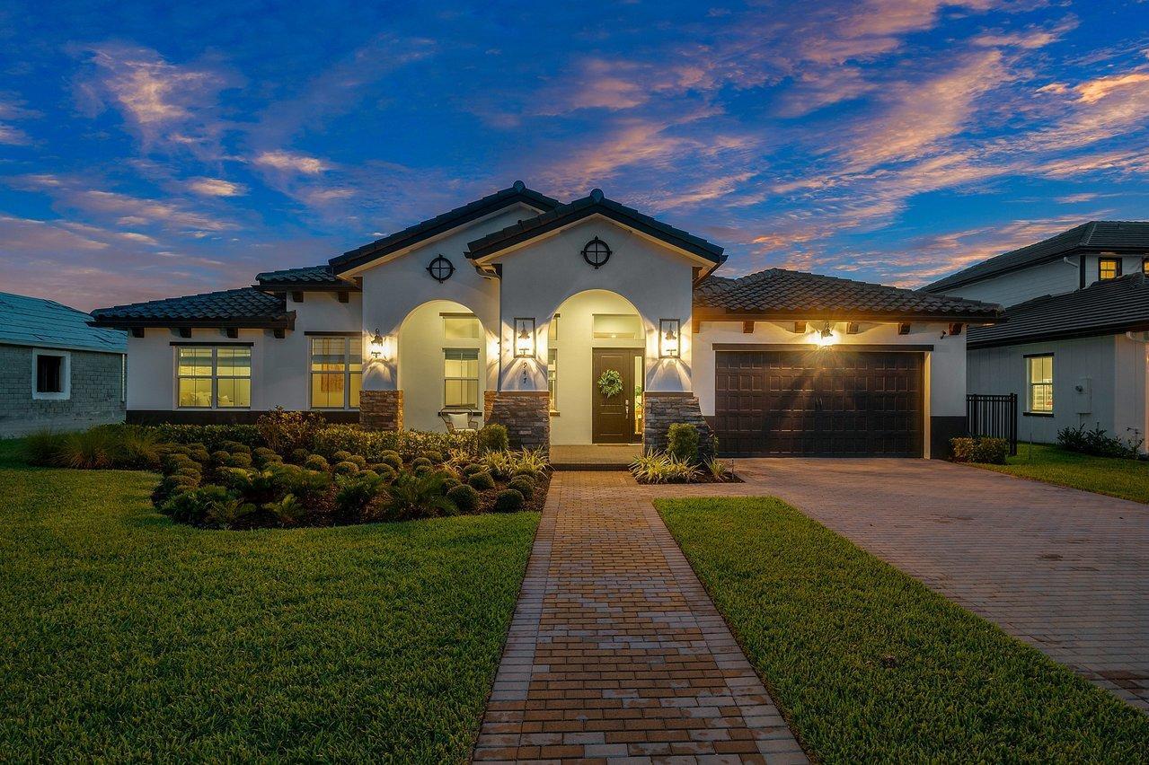 947 Hookline, Loxahatchee, Florida 33470