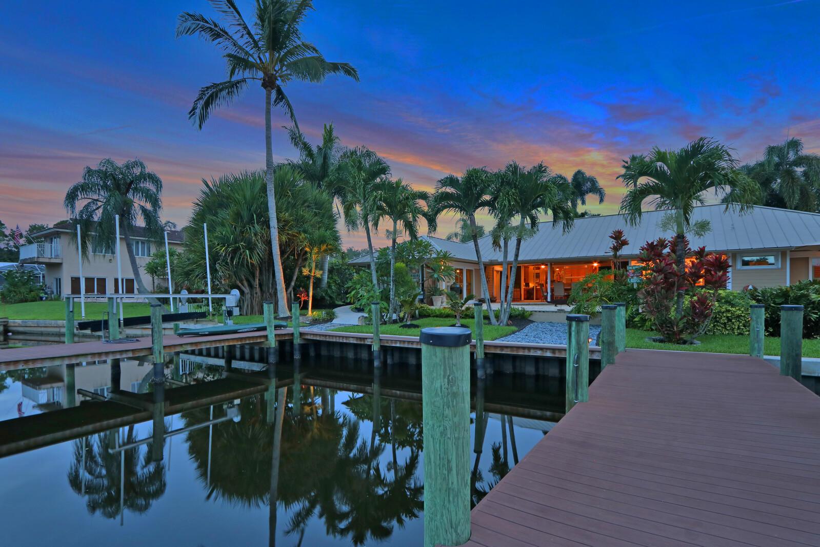 731 Pine Tree, Palm City, Florida 34990