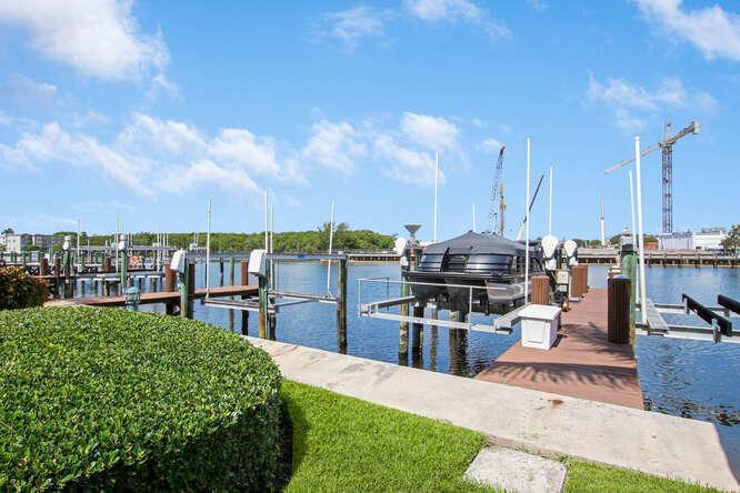 5554 Ocean Boulevard, Ocean Ridge, Florida 33435, 3 Bedrooms Bedrooms, ,2.1 BathroomsBathrooms,Townhouse,For Sale,Ocean,RX-10740537