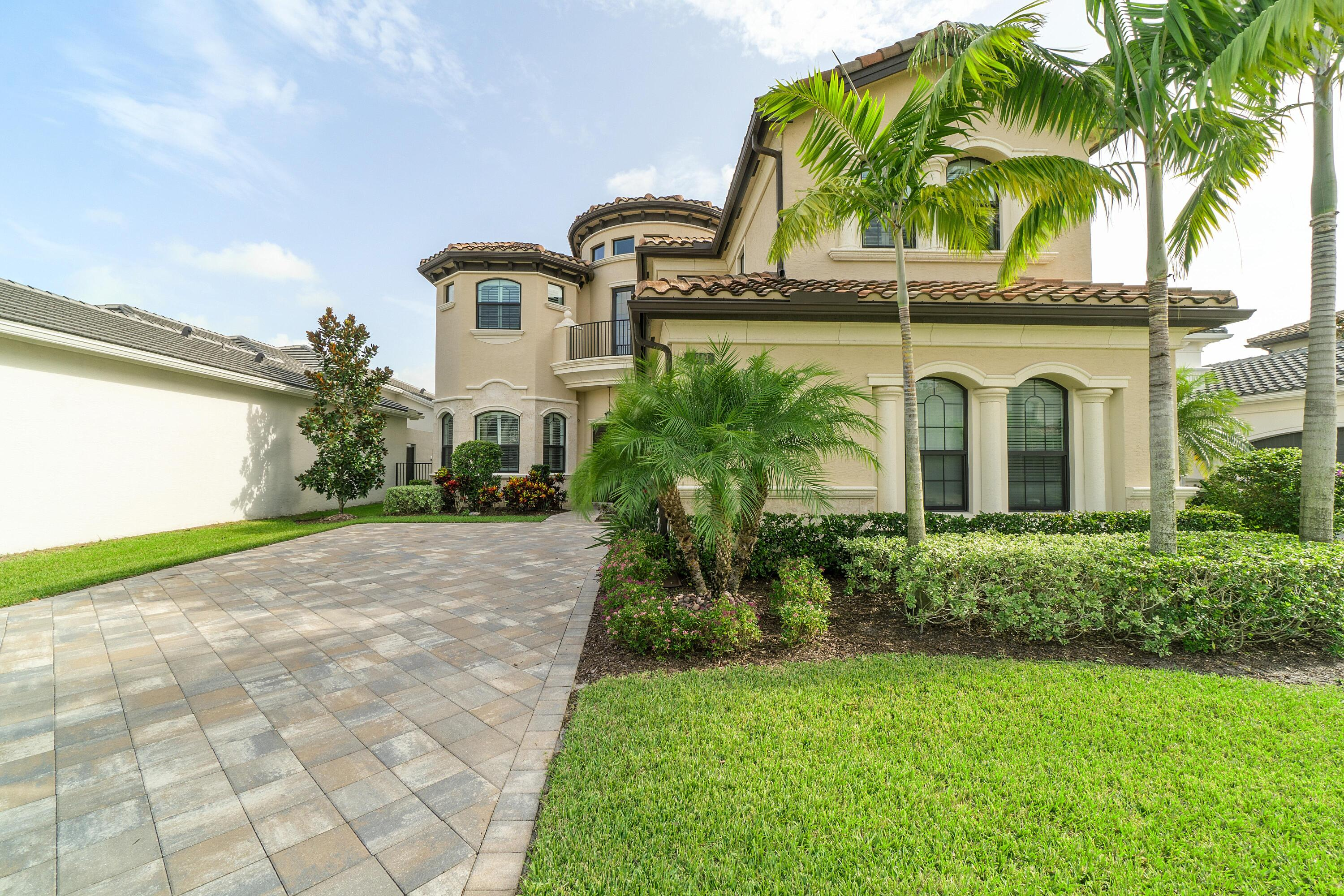 9814 Vitrail Lane, Delray Beach, Florida 33446, 4 Bedrooms Bedrooms, ,5 BathroomsBathrooms,Single Family Detached,For Sale,Vitrail,RX-10733908