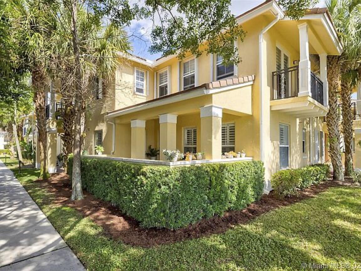 4680 Mimosa Unit 805, Coconut Creek, Florida 33073
