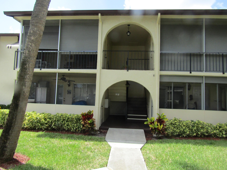 5817 La Pinata Unit D-1, Greenacres, Florida 33463