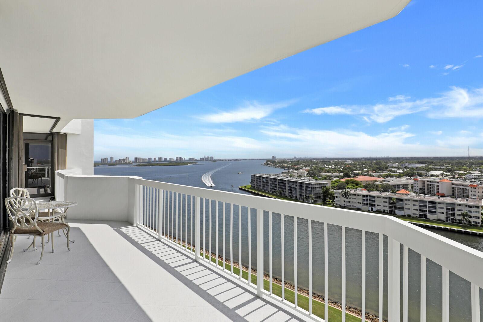 123 Lakeshore Unit 1544, North Palm Beach, Florida 33408