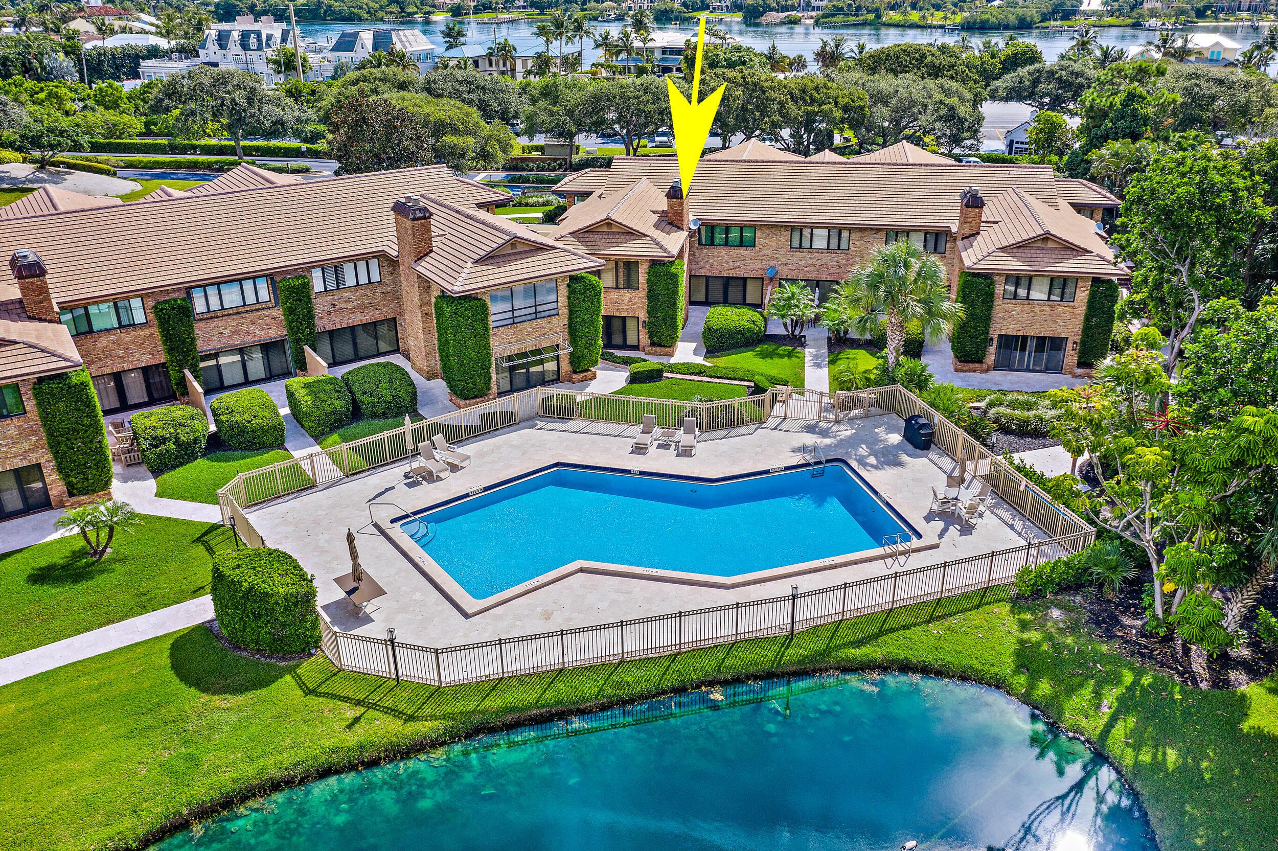 11890 Hill Club Unit 105, Tequesta, Florida 33469