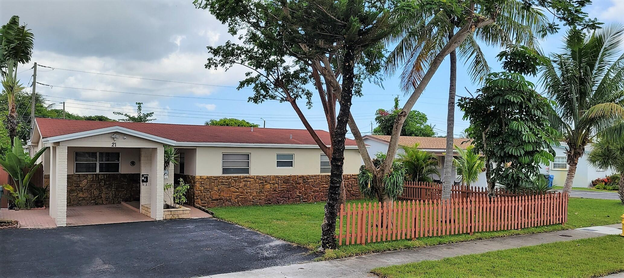 21 57th Court, Oakland Park, Florida 33334, 3 Bedrooms Bedrooms, ,2 BathroomsBathrooms,Residential,For Sale,57th,RX-10745947