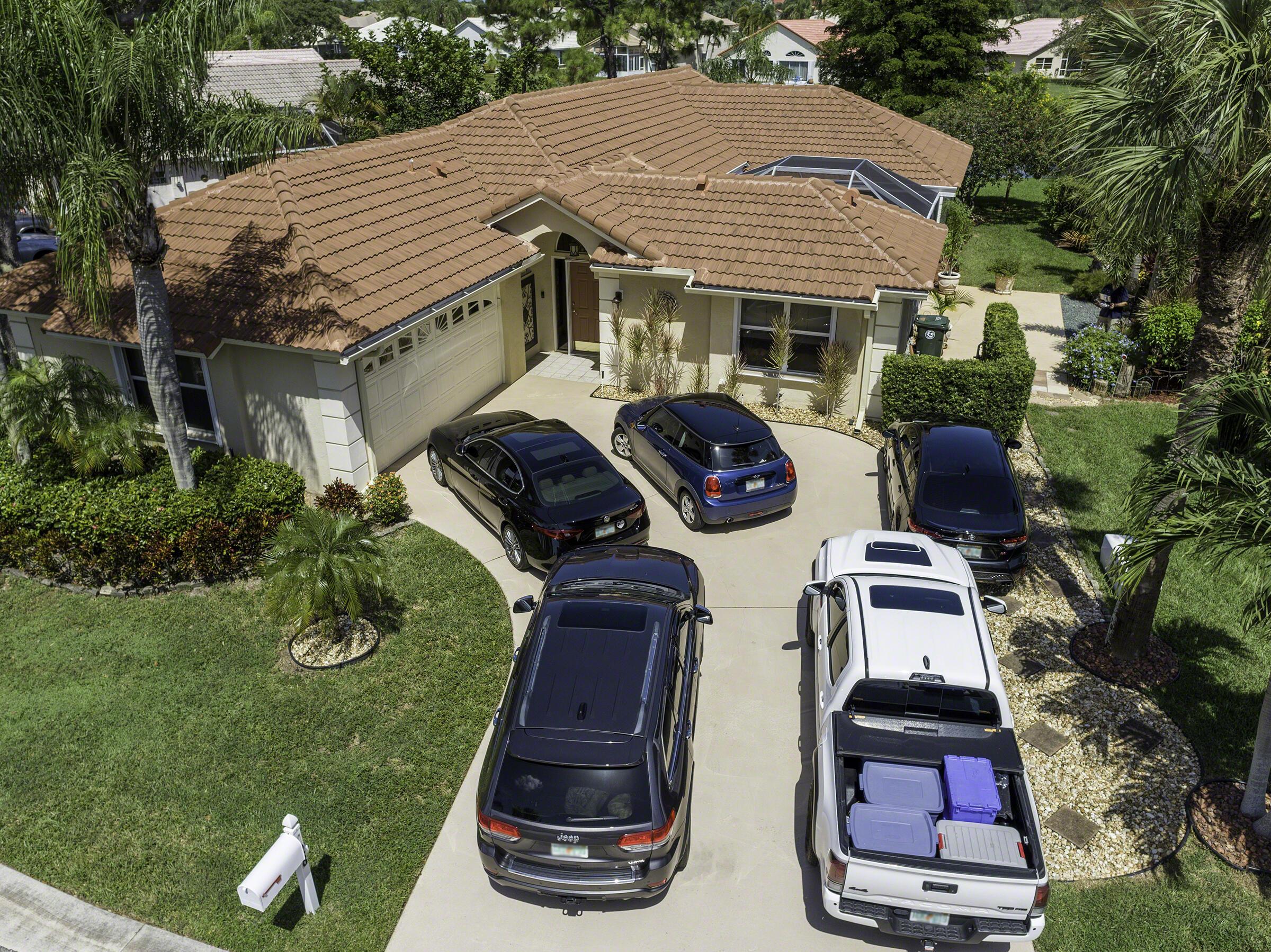 128 Cove, Greenacres, Florida 33413