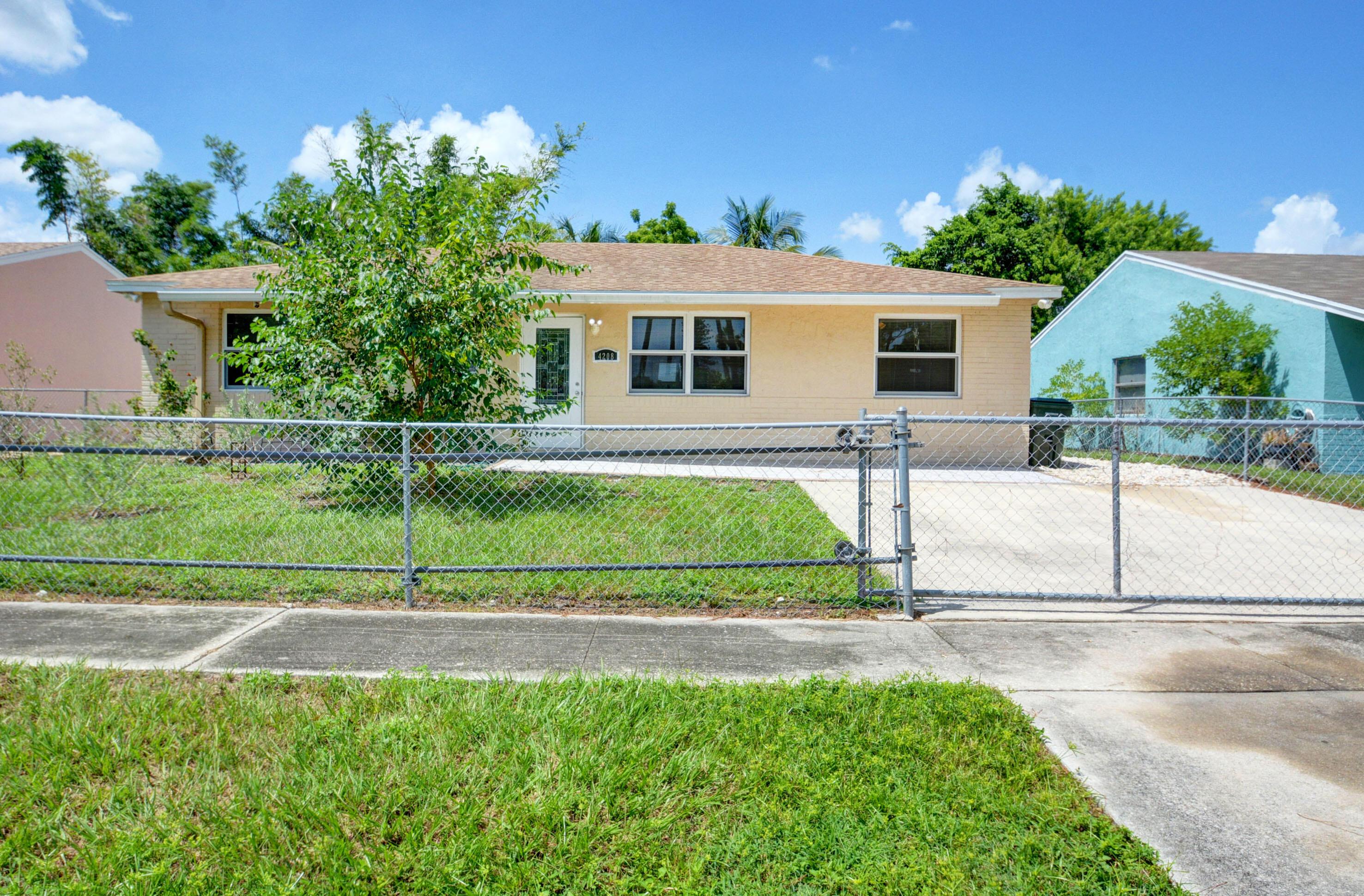 4208 Caesar, Greenacres, Florida 33463
