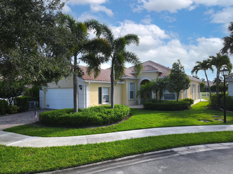 10897 Candlewood, Port Saint Lucie, Florida 34987