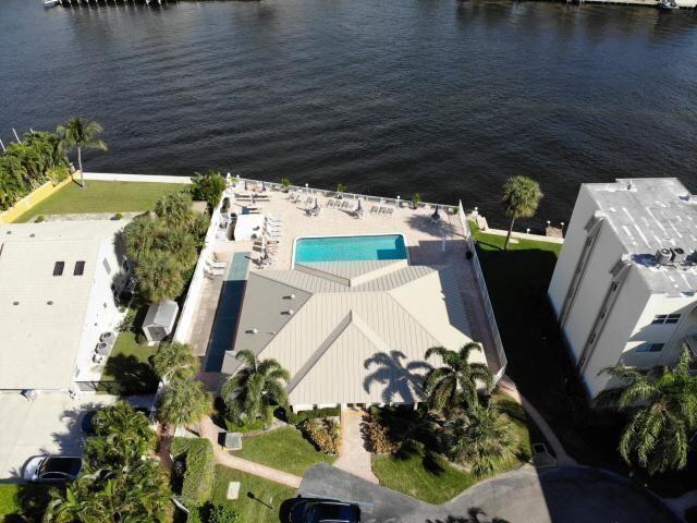 646 Snug Harbor Unit H409, Boynton Beach, Florida 33435