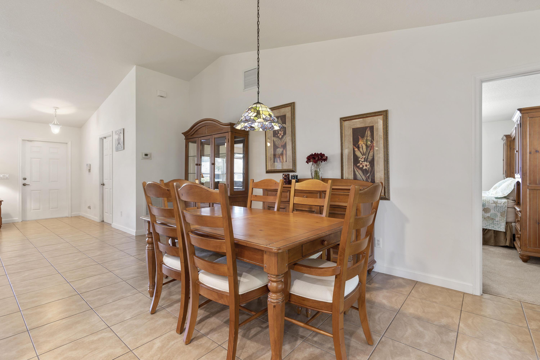 706 Osceola Avenue, Fort Pierce, Florida 34982, 3 Bedrooms Bedrooms, ,2 BathroomsBathrooms,Residential,For Sale,Osceola,RX-10746393