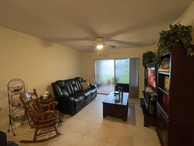 1610 42nd Unit 112, Vero Beach, Florida 32967