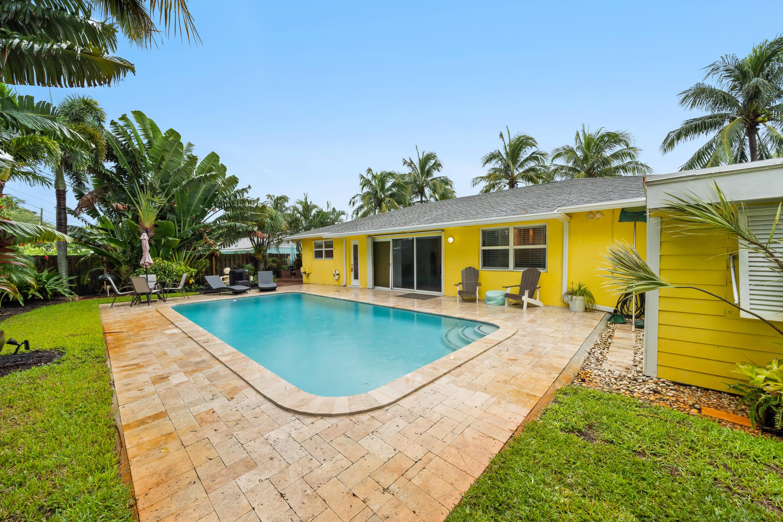 366 Oak, Tequesta, Florida 33469