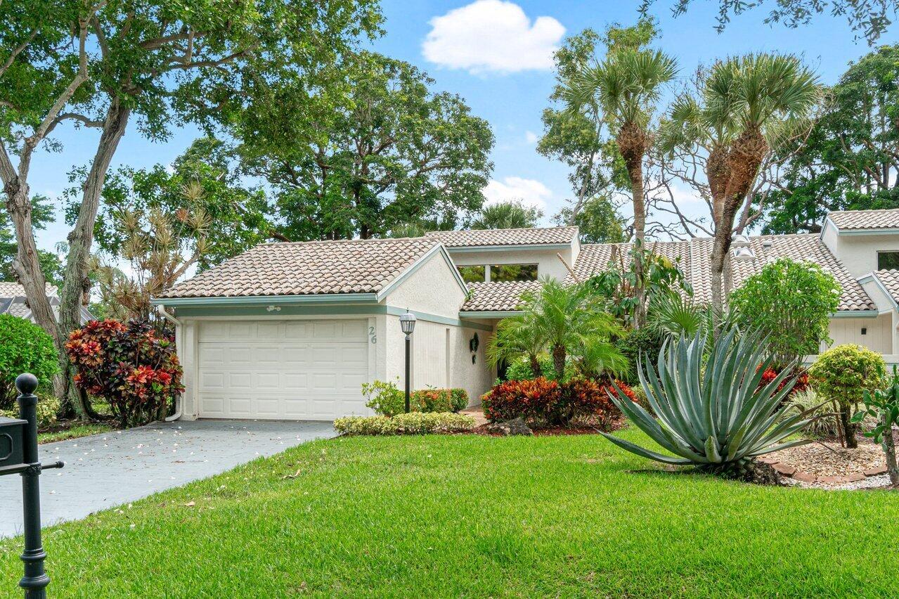 26 Cambridge, Boynton Beach, Florida 33436