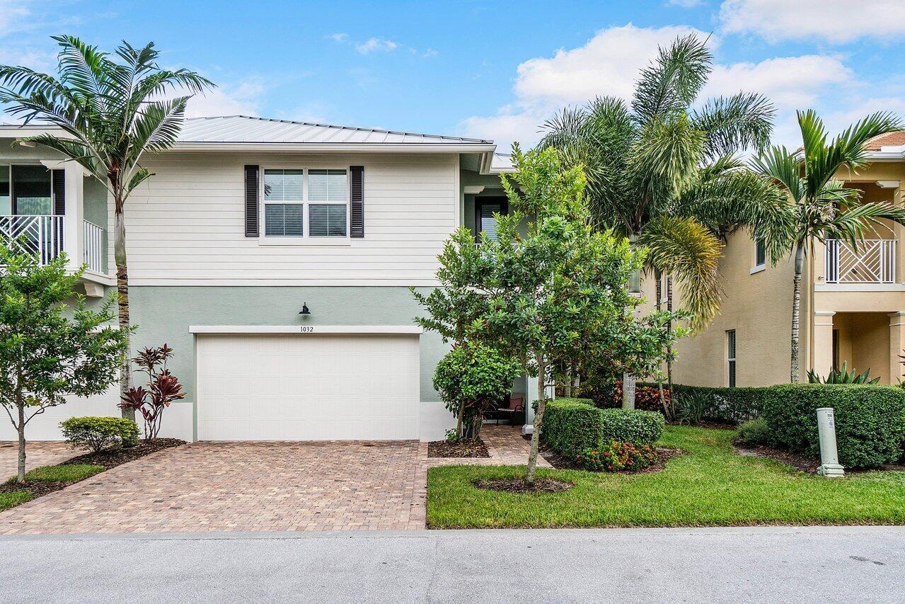 1032 Piccadilly Unit , Palm Beach Gardens, Florida 33418