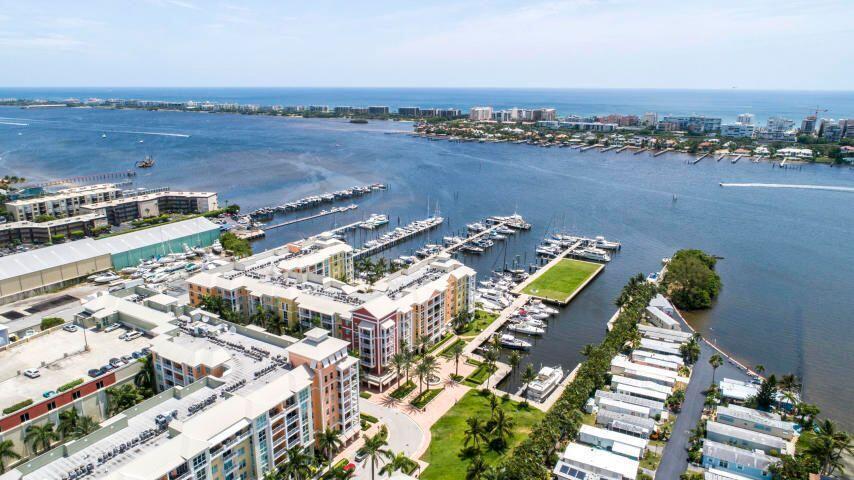 804 Windward Unit 311, Lantana, Florida 33462