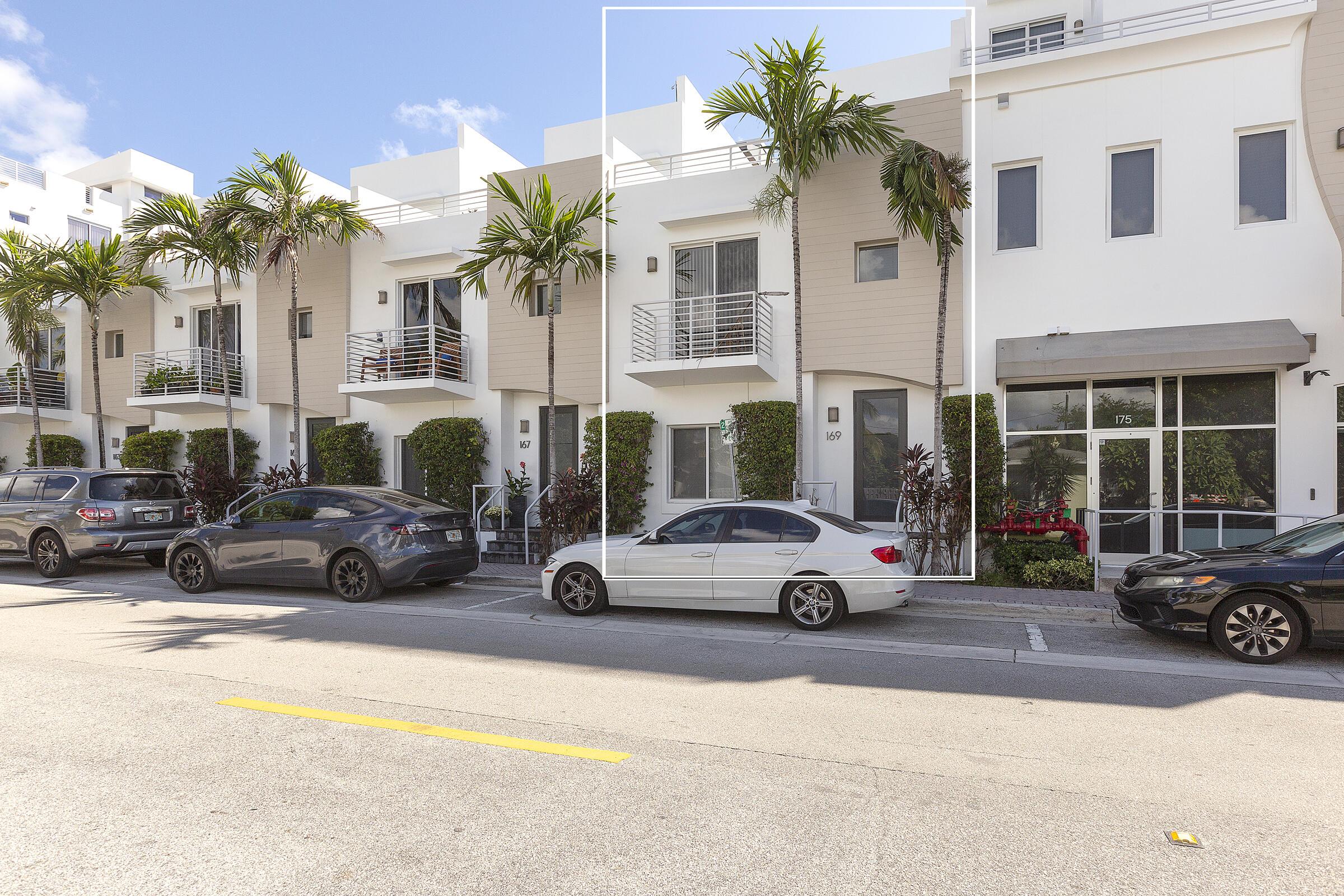 111 2 Street, Delray Beach, Florida 33444, 3 Bedrooms Bedrooms, ,3.1 BathroomsBathrooms,Townhouse,For Sale,2,RX-10750161
