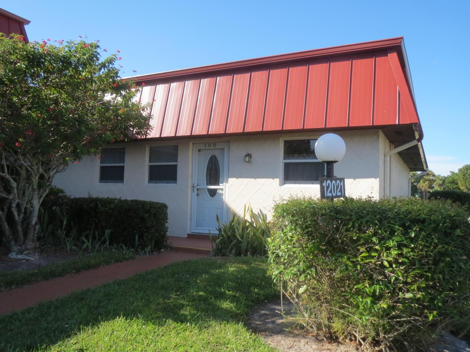 12021 Greenway Unit 108, Royal Palm Beach, Florida 33411