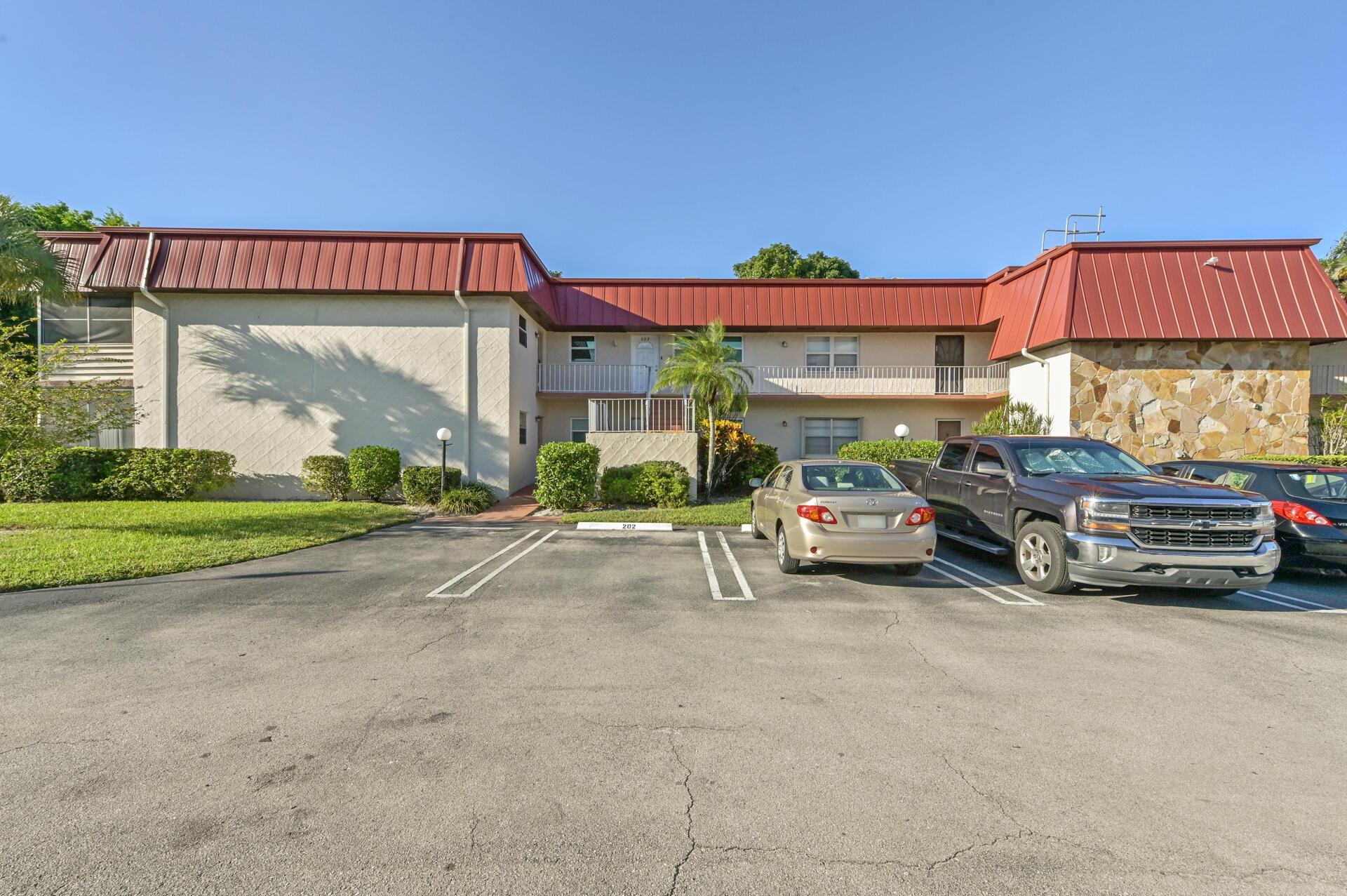 12027 Greenway Unit 201, Royal Palm Beach, Florida 33411