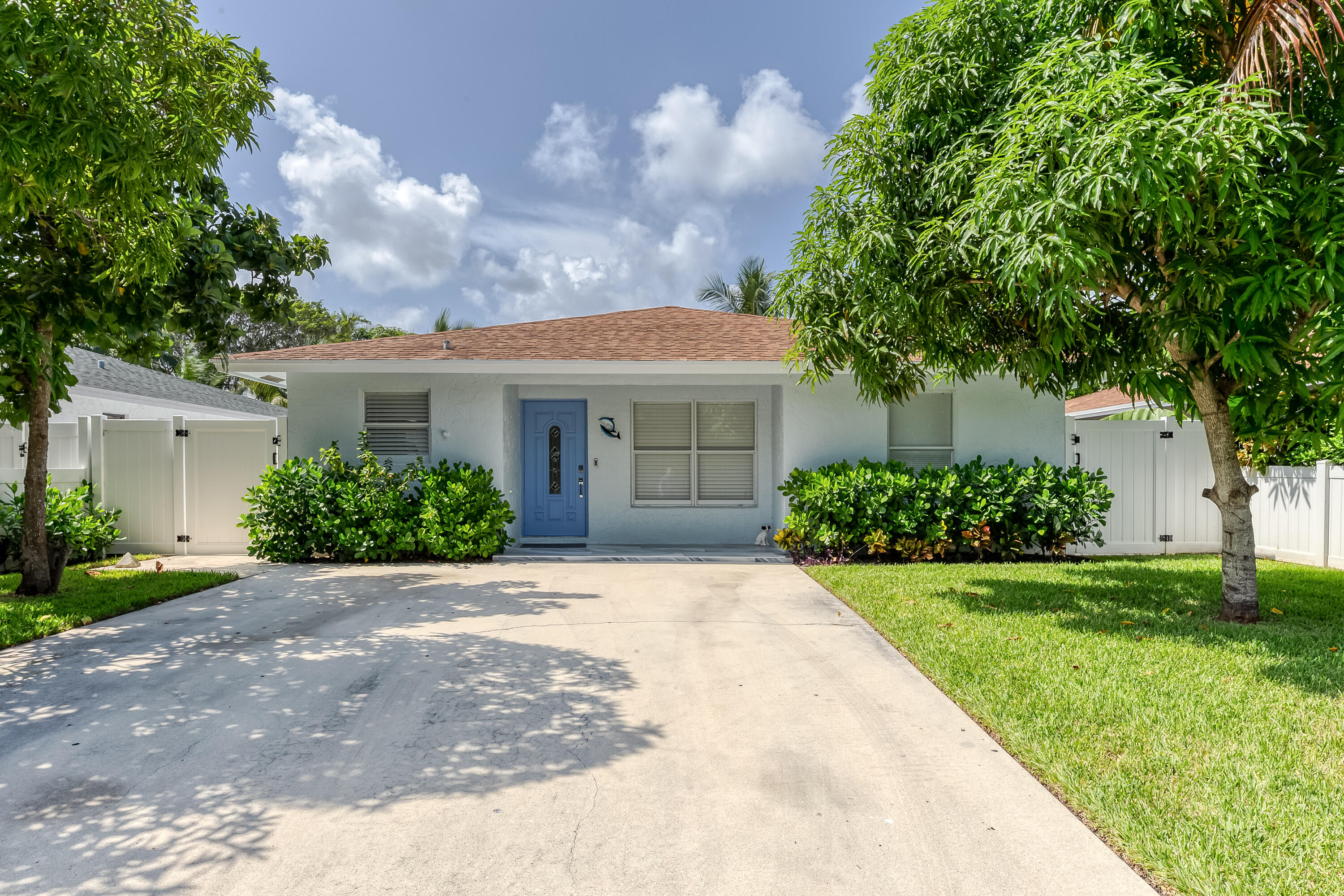 312 1st Avenue, Delray Beach, Florida 33444, 3 Bedrooms Bedrooms, ,2 BathroomsBathrooms,Single Family Detached,For Sale,1st,RX-10750913