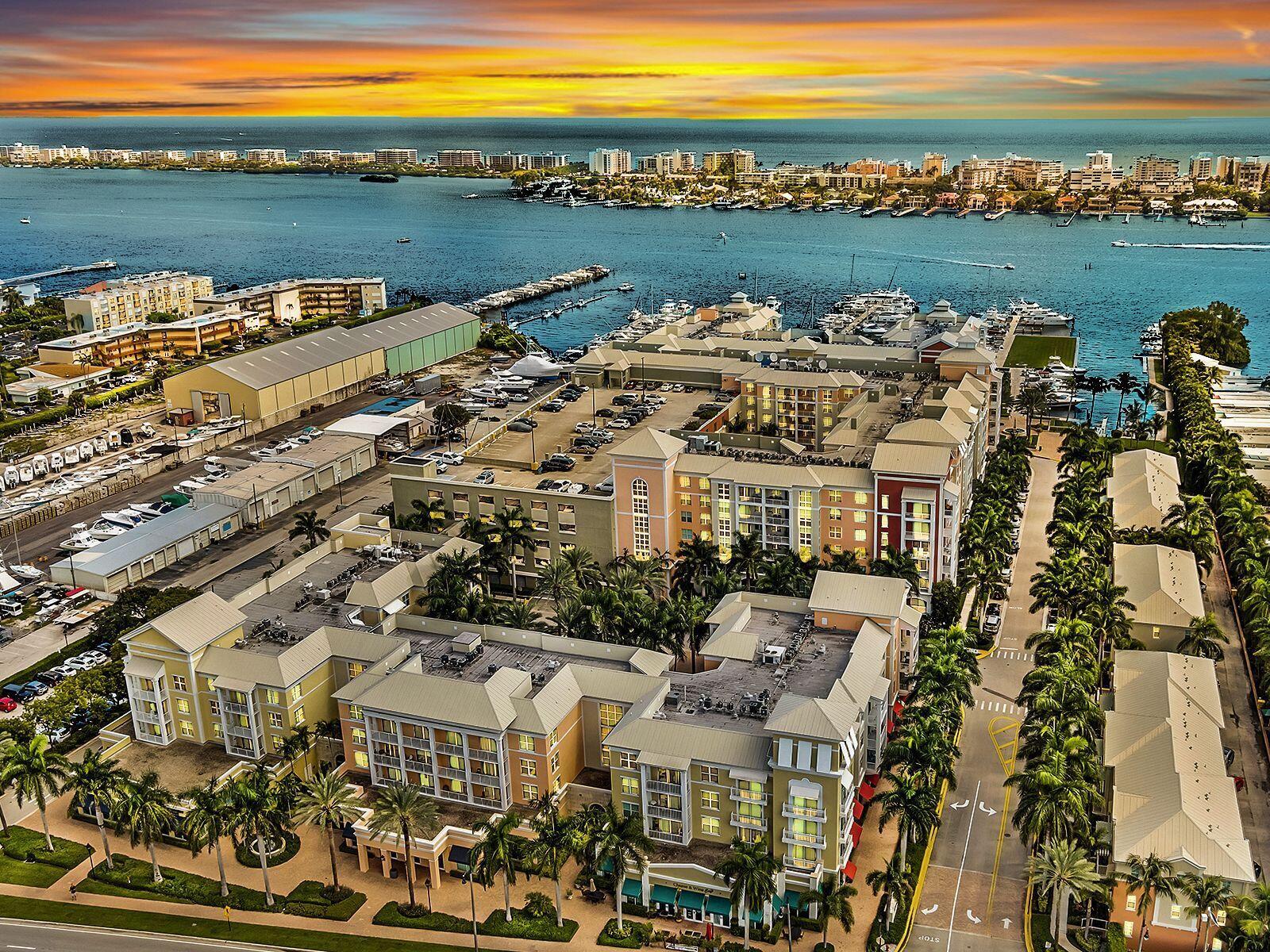 806 Windward Unit 423, Lantana, Florida 33462