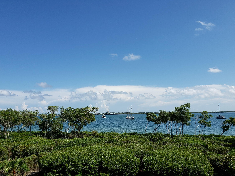 26 Harbour Isle Unit 206, Fort Pierce, Florida 34949