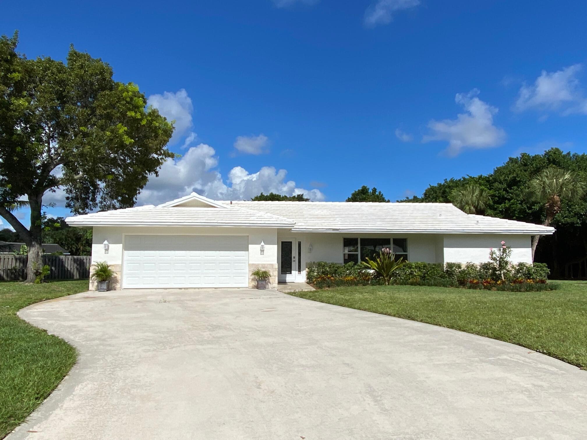 2073 Ascott, North Palm Beach, Florida 33408