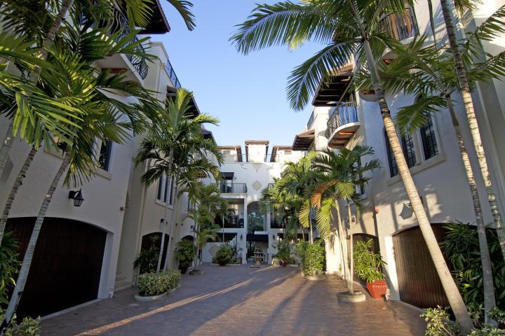 65 4th Avenue, Delray Beach, Florida 33483, 3 Bedrooms Bedrooms, ,2.3 BathroomsBathrooms,Townhouse,For Sale,4th,RX-10752766