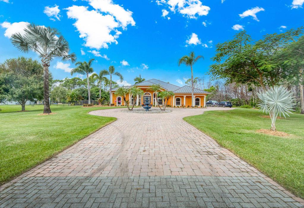 2355 Dyer, Port Saint Lucie, Florida 34952