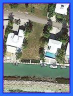 Property for sale at 240 W Seaview Circle, Duck,  FL 33050
