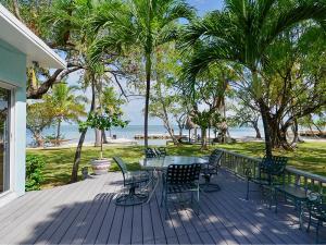 Property for sale at 82226 Overseas Highway, ISLAMORADA,  FL 33036