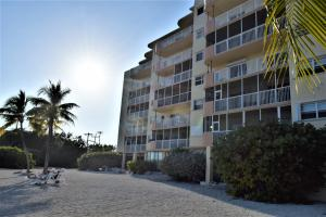 Property for sale at 200 Wrenn Street Unit: 205, ISLAMORADA,  FL 33070