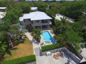 Property for sale at 40 Bass Avenue, KEY LARGO,  FL 33037