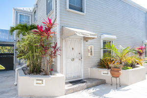 Property for sale at 1075 Duval Street Unit: R21, KEY WEST,  FL 33040