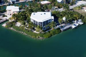 Property for sale at 161 Palo De Oro Drive, ISLAMORADA,  FL 33036