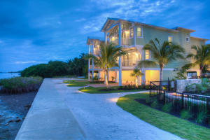 Property for sale at 77521 Overseas Highway Unit: BLDG 2, ISLAMORADA,  FL 33036
